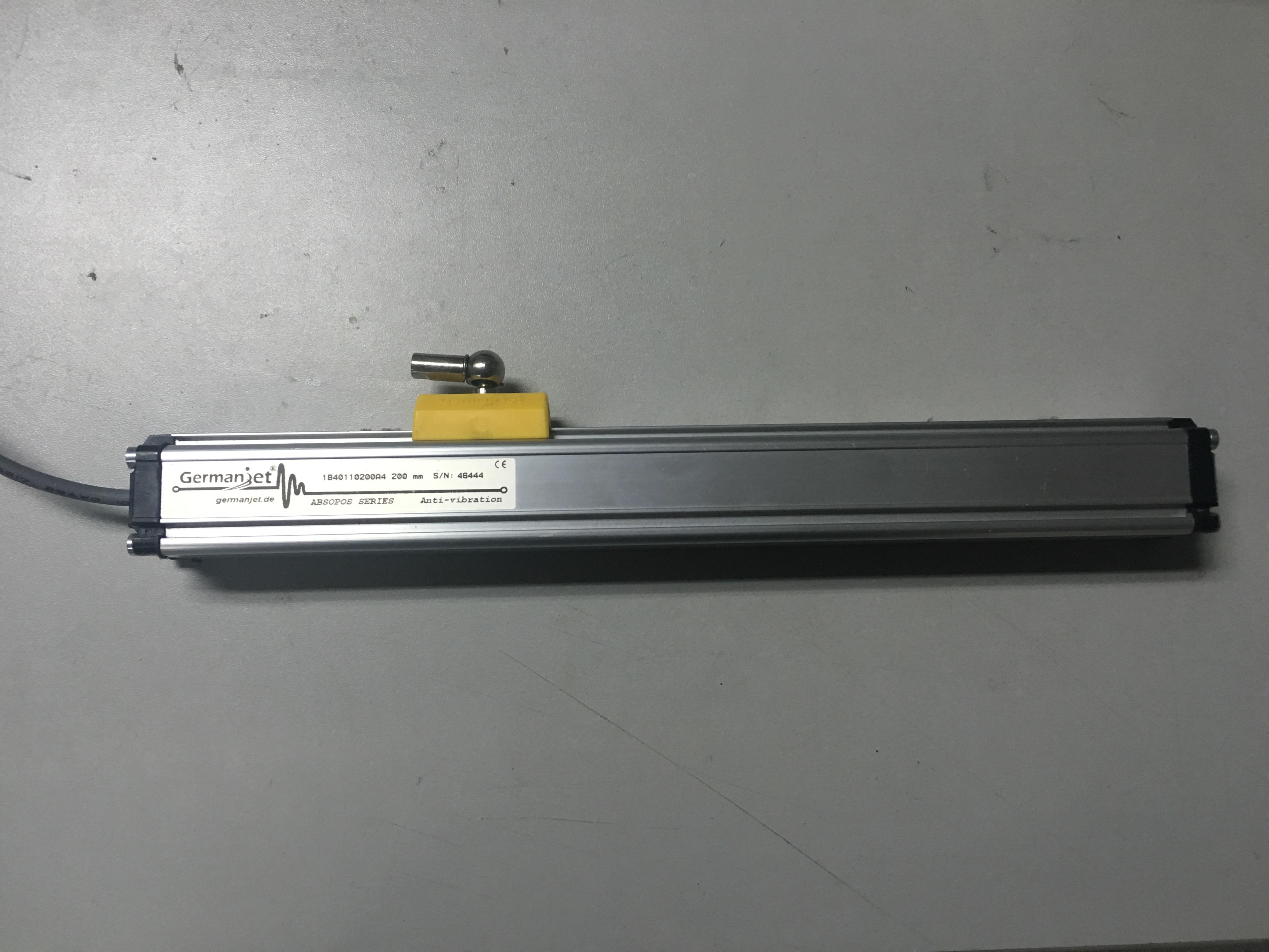 特价销售1840110200A4位移传感器